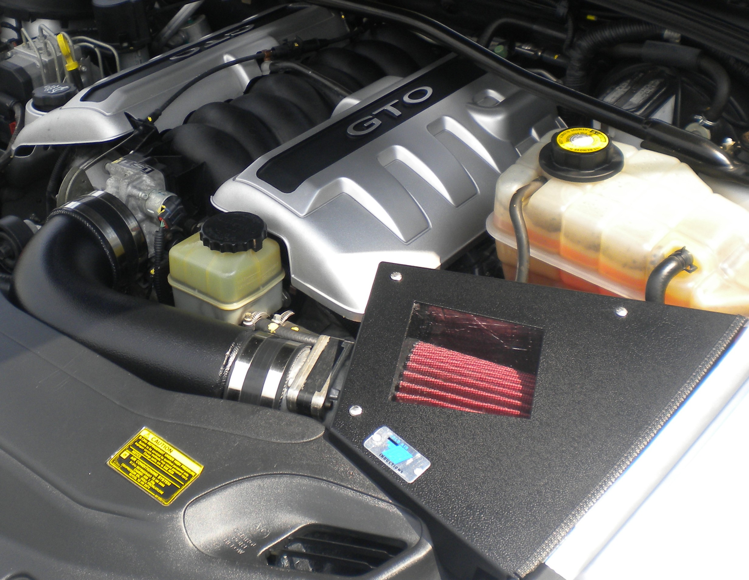 2004 Pontiac GTO Cold Air Inductions Cold Air Intake - Black Powdercoated Finish
